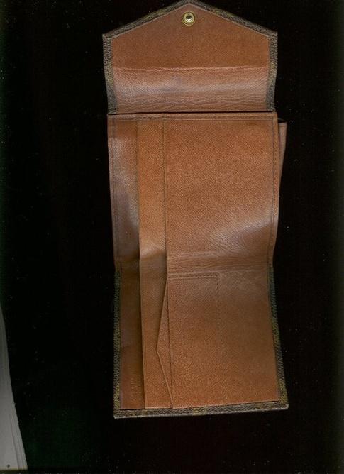 lv-wallet-2