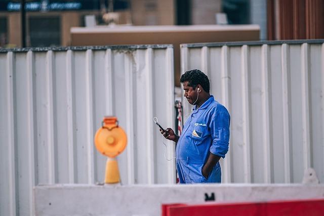 Builder on phone